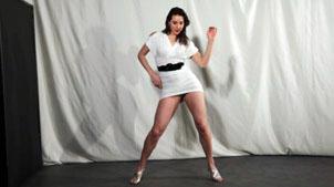 Joana 7. Chicas bailando en tanga.