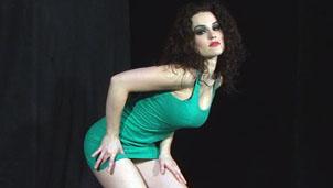 Laura 9  danse hot
